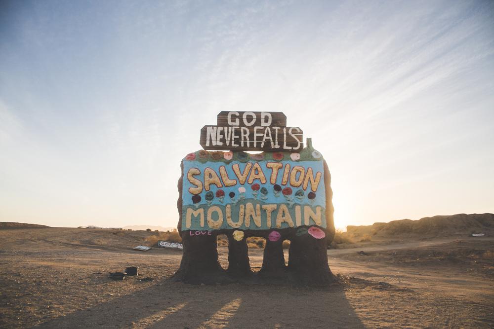 salvation mountain001